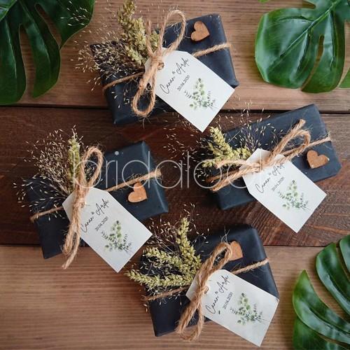 Ahşap kalp ve kuru çiçek süslemeli Paketli Sabun